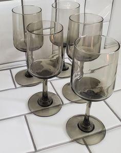Set of 5 6oz Wine Glasses Color Smoke/Charcoal